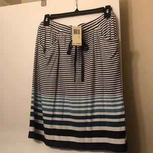 Max Studio short skirt